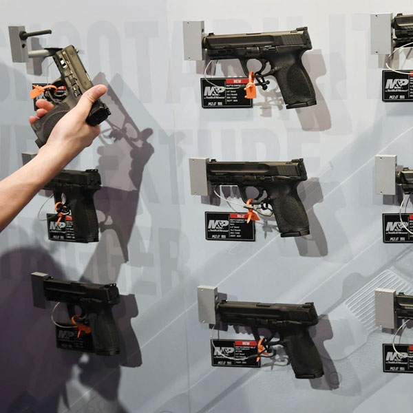 Just how easy is it to buy a gun over the Internet?